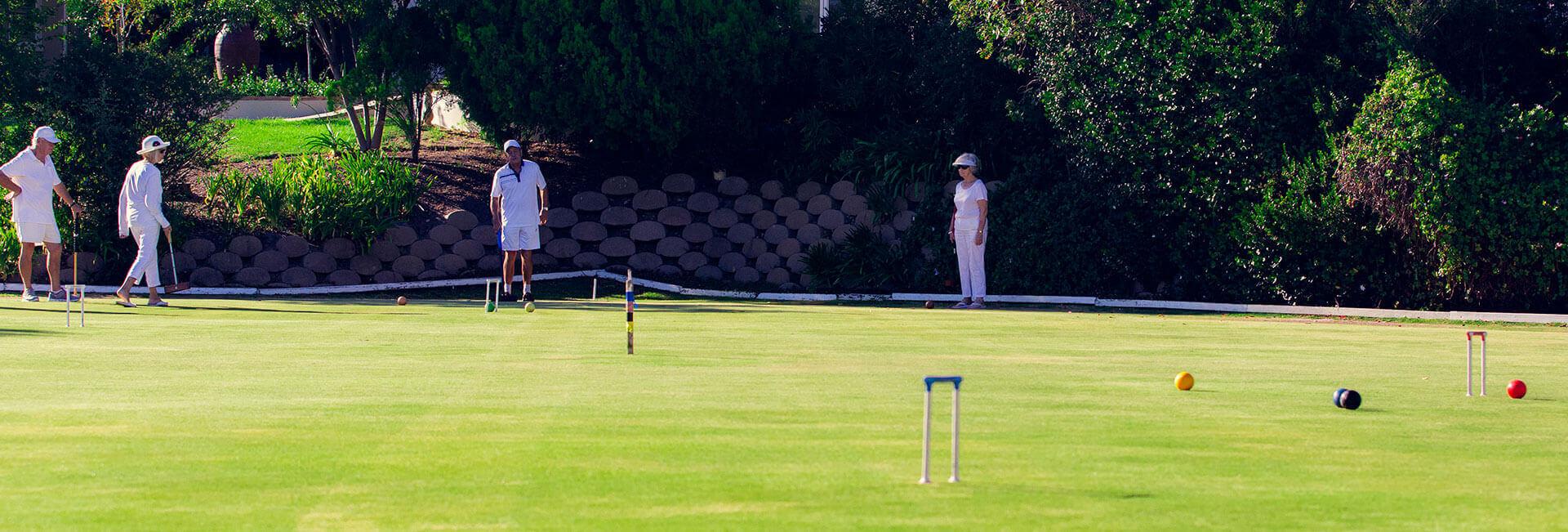 <p>Croquet Club</p> - 0