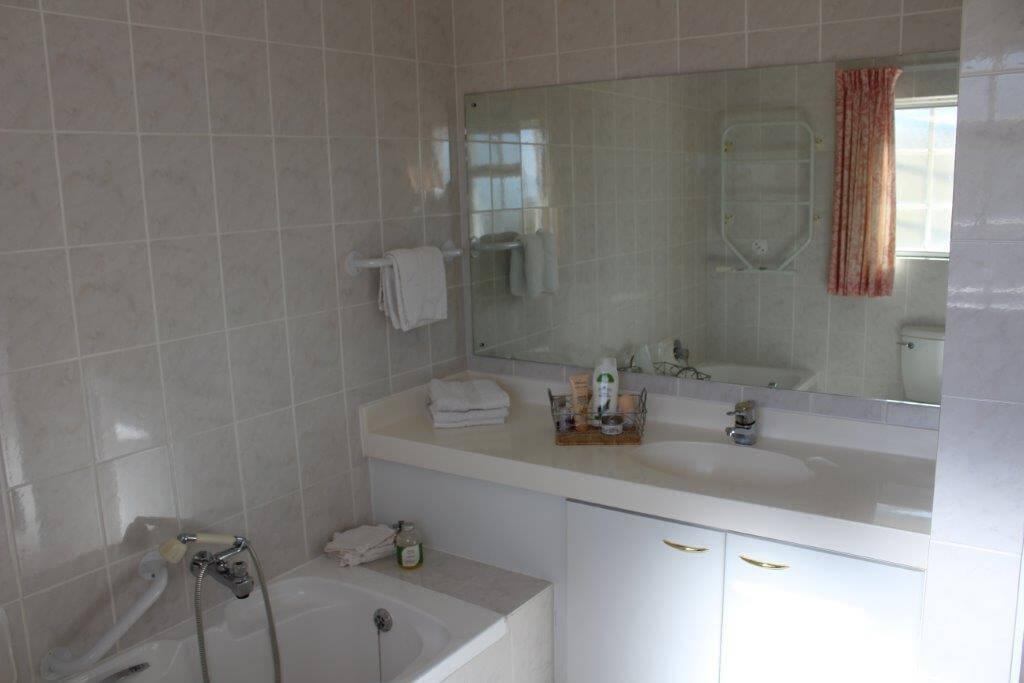 Apartment 605B