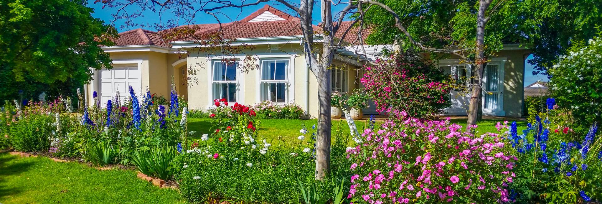 <p>Beautiful Homes Image</p> - 0