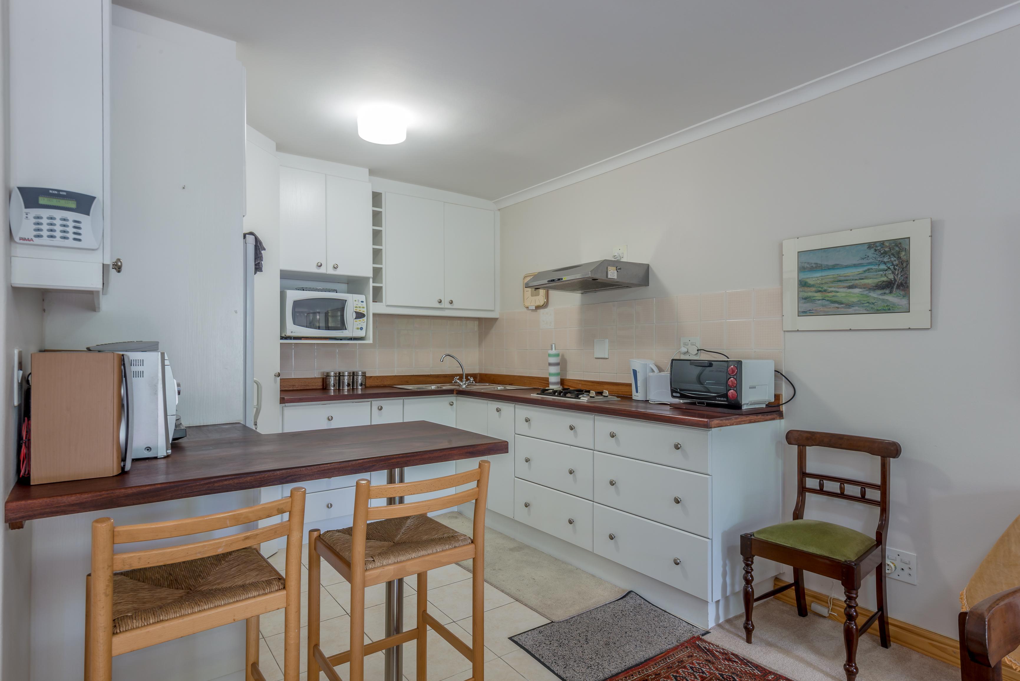 Apartment H9